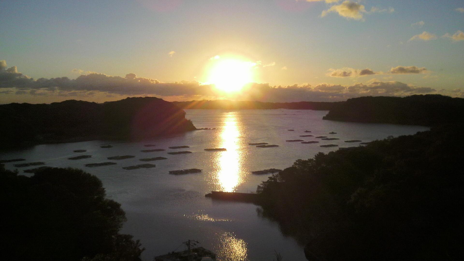 的矢湾の朝日